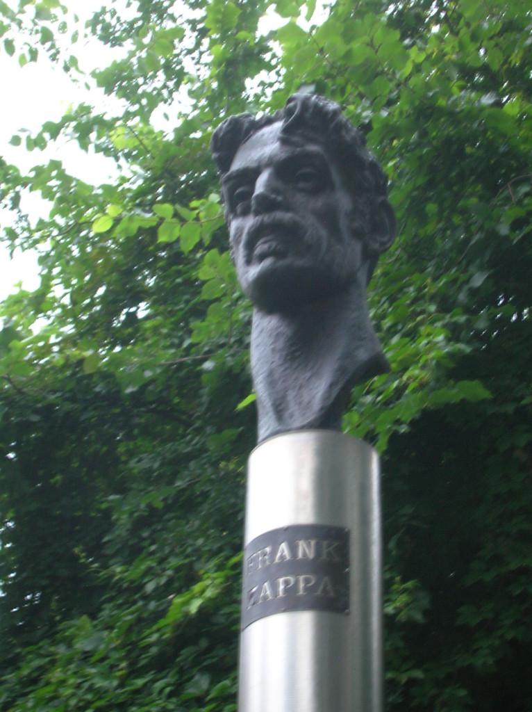 Bust of Frank Zappa in Vilnius