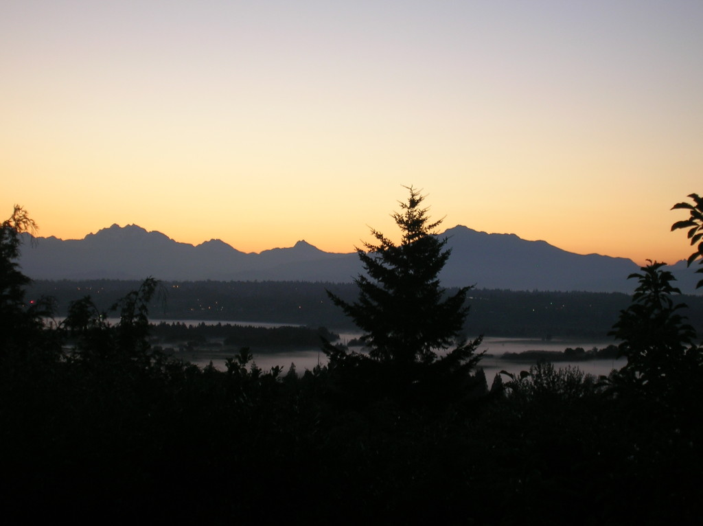 Sunrise over the North Cascades this morning