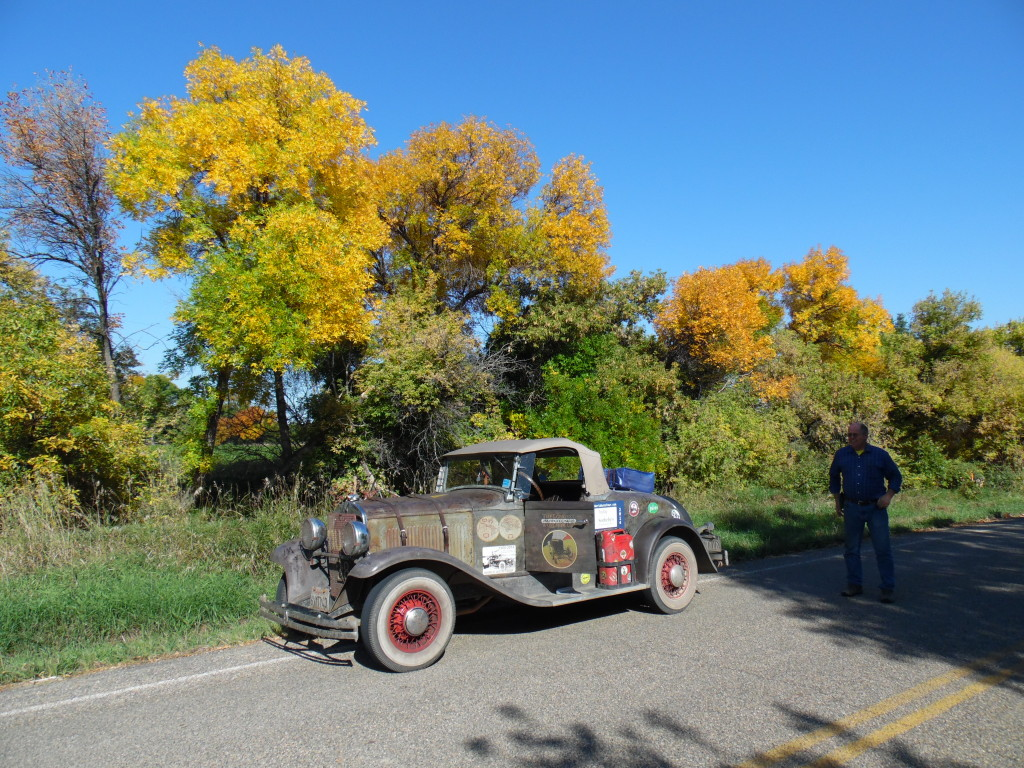 A driving break along the trail....in a week, the leaves should be spectacular!!